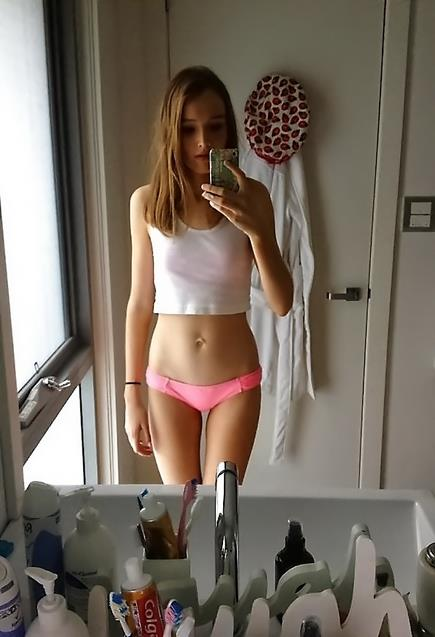 (((41))) Gorgeous babes ready for action too hot for Facebook