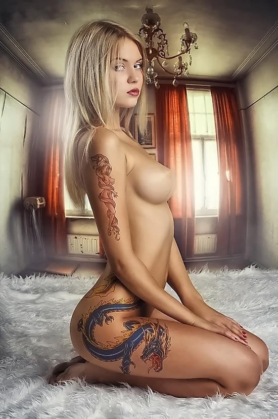 Hot Models Body Art Photos